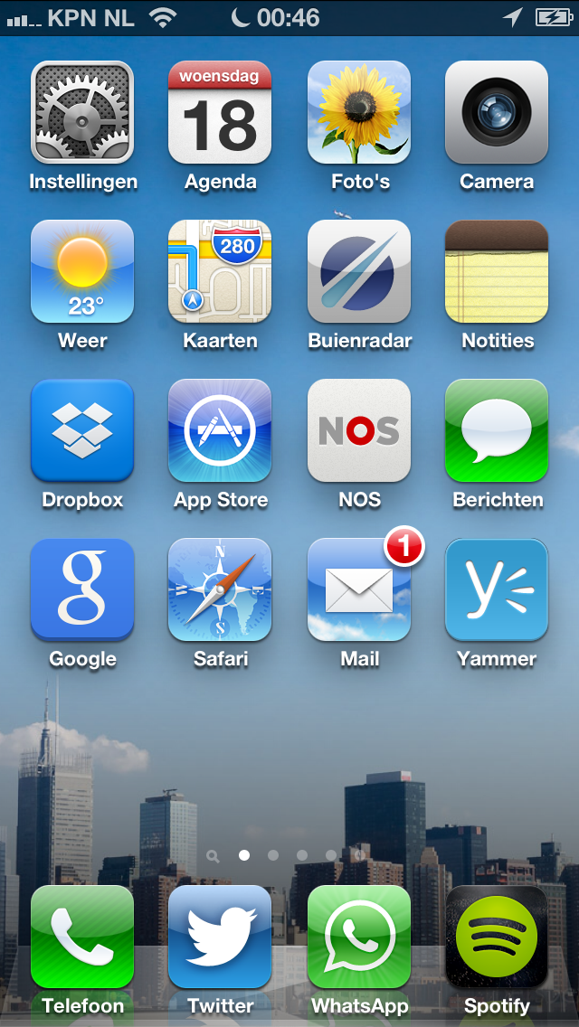 iOS 6 homescreen