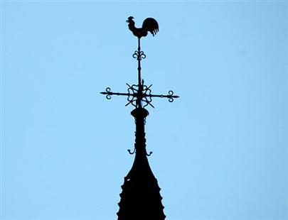 Hij staat bovenop veel kerktorens